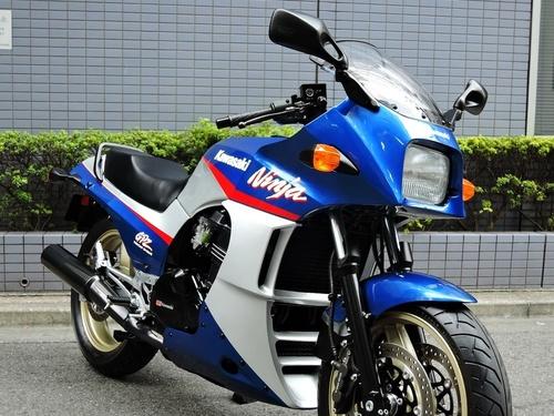 GPZ900R ニンジャ/カワサキ 900cc 東京都 ゼータワン
